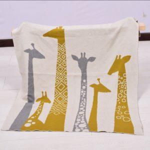 copertina in puro cotone con disegno giraffe